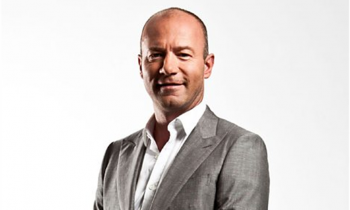 Alan Shearer extends BBC contract until 2020