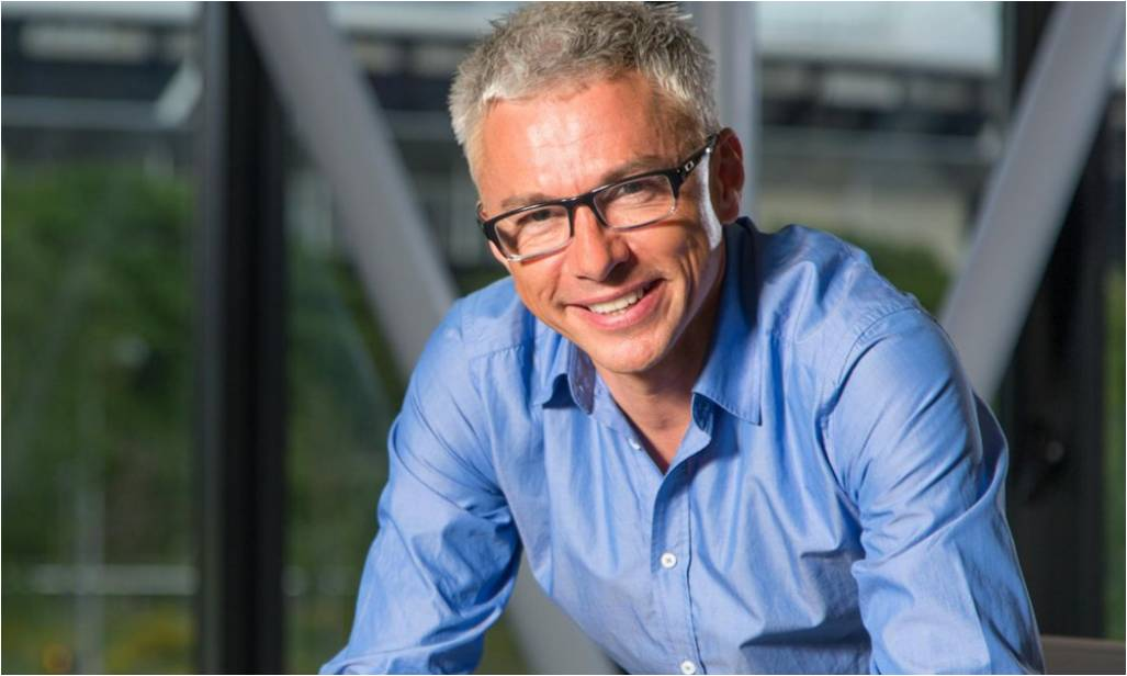 Jonathan Edwards to front Eurosport's cycling coverage